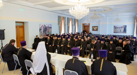 180525 032 Епархиальное собрание Cеминария Омск митр. Владимир (Иким) IMG_0585