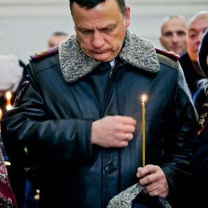 181118 212 День памяти жертв ДТП Собор Успения Омск P1050764