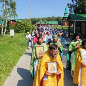 Престольный_праздник_в_свято_серафимовском_монастыре_12