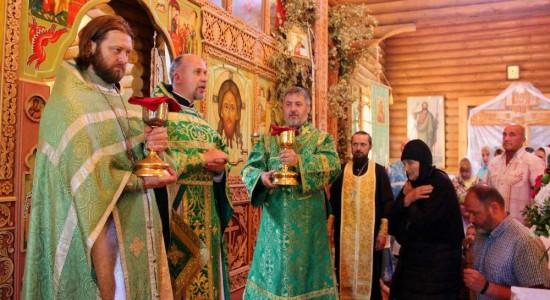 Престольный_праздник_в_свято_серафимовском_монастыре_7