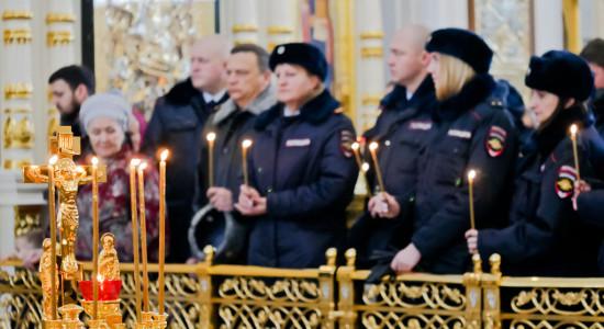 181118 208 День памяти жертв ДТП Собор Успения Омск P1050735