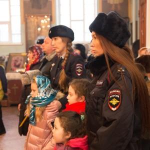 2020.01.09 Литургия в соборе Казанской иконы БМ-9323