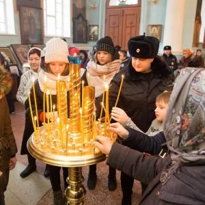 2020.01.09 Литургия в соборе Казанской иконы БМ-9363