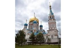 В день памяти святителя и чудотворца Николая святителя и чудотворца Николая митрополит Владимир совершил Литургию в Успенском кафедральном соборе