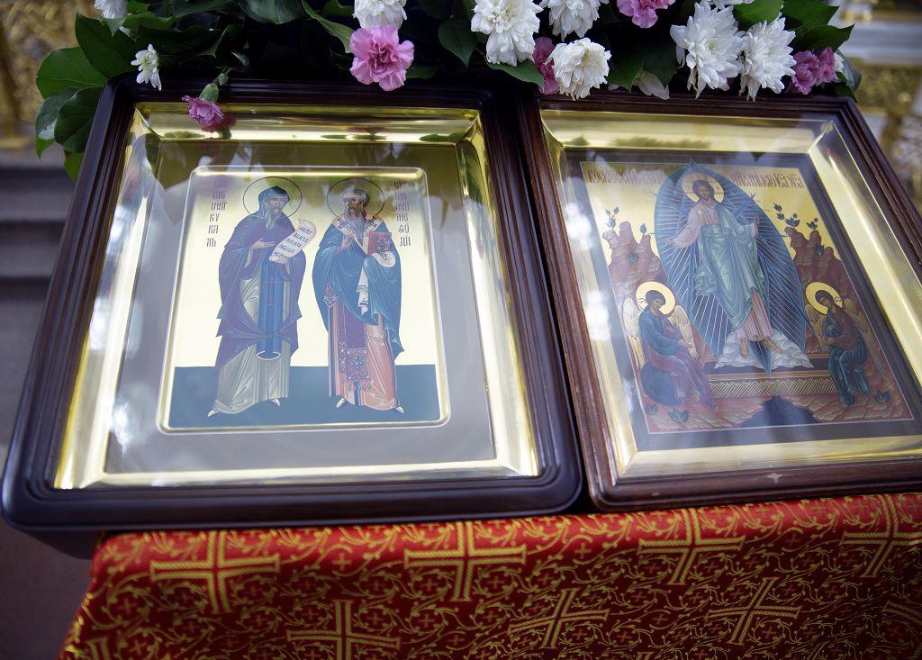 Литургия в соборе Успения Пресвятой Богородицы в праздник святых Кирилла и Мефодия.(18)