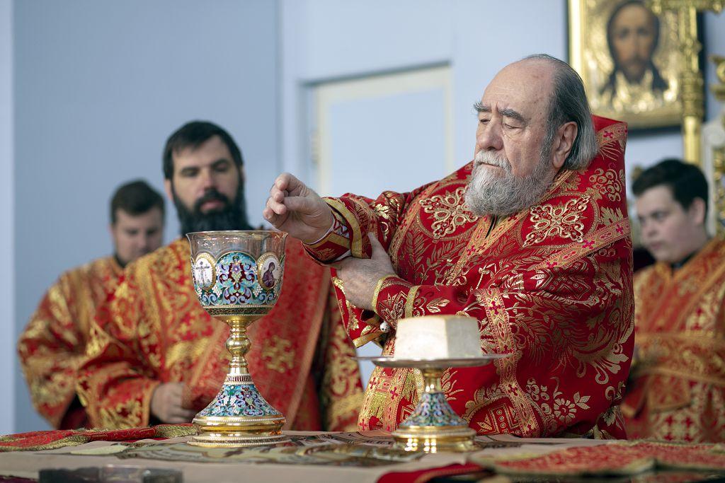 Литургия в соборе Успения Пресвятой Богородицы в праздник святых Кирилла и Мефодия.(24)
