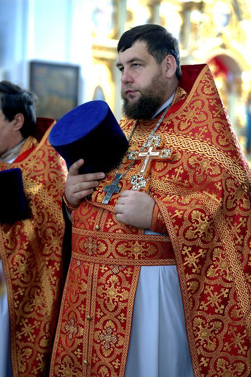 Литургия в соборе Успения Пресвятой Богородицы в праздник святых Кирилла и Мефодия.(27)