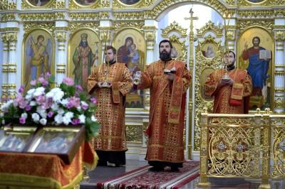 Литургия в соборе Успения Пресвятой Богородицы в праздник святых Кирилла и Мефодия.(3)
