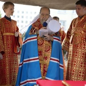 Освящение креста и купола храма святых Бориса и Глеба в военной части 48-й отдельной железнодорожной бригады(13)