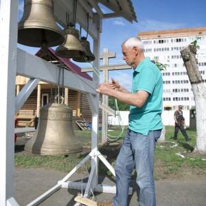 Освящение креста и купола храма святых Бориса и Глеба в военной части 48-й отдельной железнодорожной бригады(7)