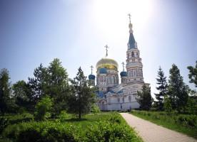 Память святых отцов  I Вселенского Собора почтили в Омске