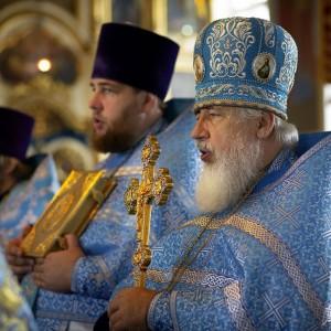 2020.07.21 Литургия в праздник Казанской БМ в Казанском Соборе(23)