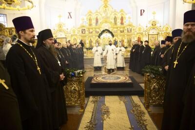 2021.01.08 Успенский собор. Поздравление духовенства(3)