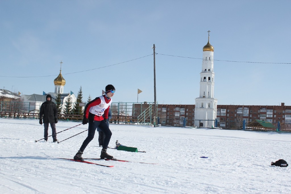 горка_лыжи_2