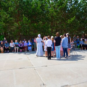 2021.05.23 высадка деревьев на приходе Николо-Игнатьевского храма(78)