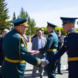 2021.06.27 выпускной акт в Омском броне-танковом институте(21)