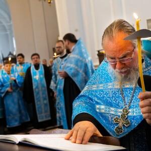 2021.08.29 чин погребение Пресвятой Богородицы (12)