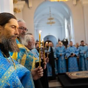 2021.08.29 чин погребение Пресвятой Богородицы (5)