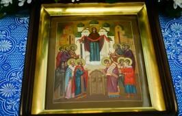 В праздник Покрова Пресвятой Богородицы митрополит Владимир совершил Литургию в Успенском кафедральном соборе