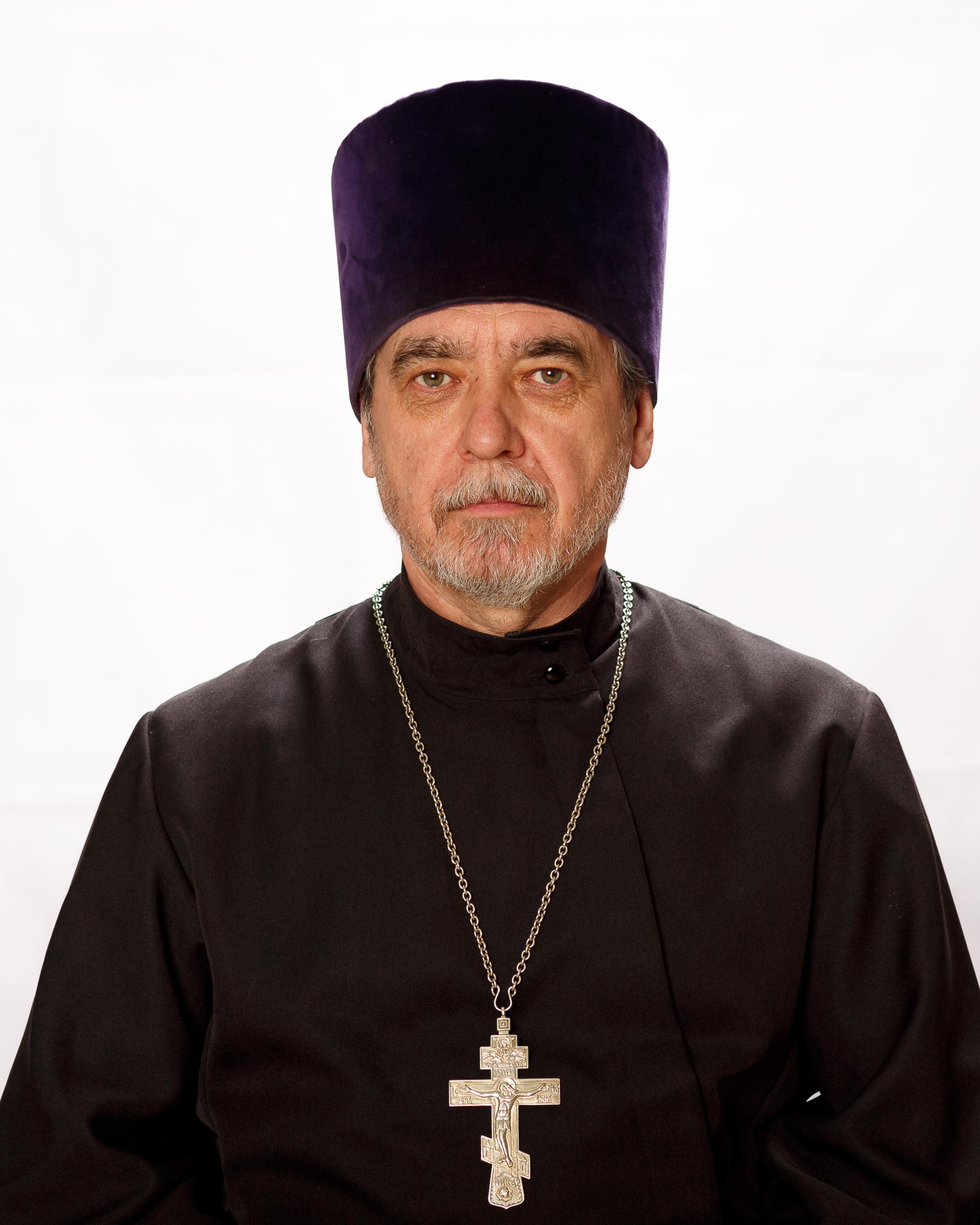 Игорь Астапенко