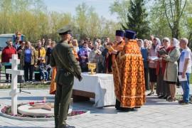 20150506 028 Освещение монумента памяти воинам Ново-Южное кладбище Омск _DSC3602