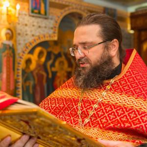 20150901 018 Молебен на начало учения храм святой мученицы Татианы Омск IMG_7036