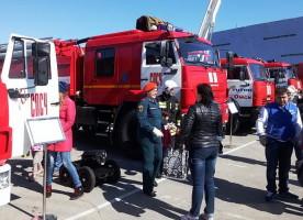 Митрополит Владимир поздравил сотрудников противопожарной службы с профессиональным праздником