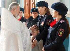Инспекторы по делам несовершеннолетних УМВД России по Омской области получили благословение на свое служение в новом году