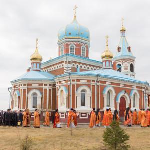 20170420 043 Литургия Никольский мужской монастырь Большекулачье Омск митр. Владимир (Иким) IMG_2400