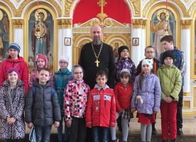 В Воскресенском соборе побывали воспитанники воскресной школы собора Воздвижения Креста Господня