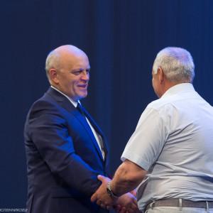 митрополит Омский и Таврический Владимир (Иким) поздравляет медицинских работников  (18 из 22)