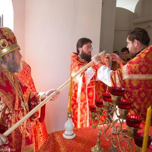 Освящение храма в Орловке митрополитом Омским и Таврическим Владимиром (24 из 55)