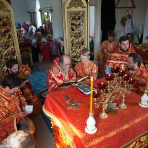 Освящение храма в Орловке митрополитом Омским и Таврическим Владимиром (34 из 55)