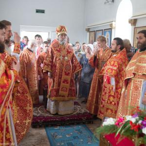 Освящение храма в Орловке митрополитом Омским и Таврическим Владимиром (36 из 55)