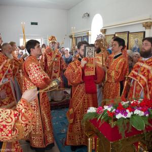 Освящение храма в Орловке митрополитом Омским и Таврическим Владимиром (37 из 55)
