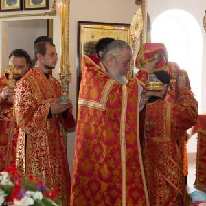 Освящение храма в Орловке митрополитом Омским и Таврическим Владимиром (41 из 55)