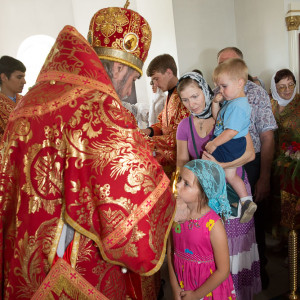 Освящение храма в Орловке митрополитом Омским и Таврическим Владимиром (55 из 55)