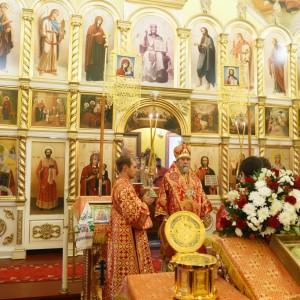 20171110 036 Храм святой великомученицы Параскевы Омск митр. Владимир (Иким) IMG_8333