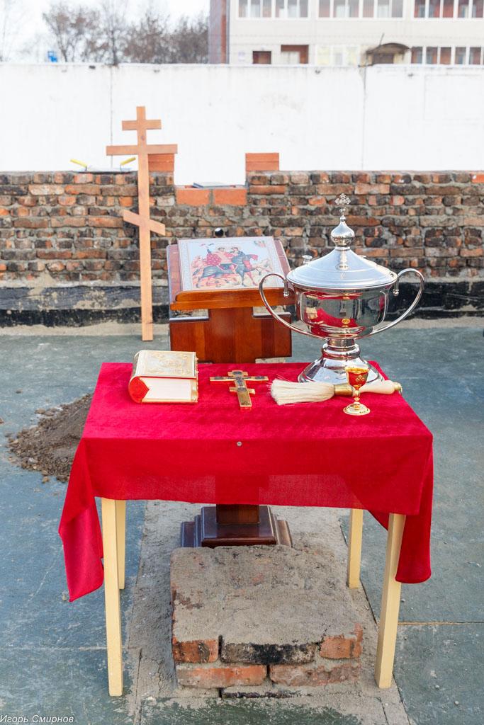 20171110 206 Закладка камня церкви в честь Бориса и Глеба Омск митр. Владимир (Иким) IMG_8431