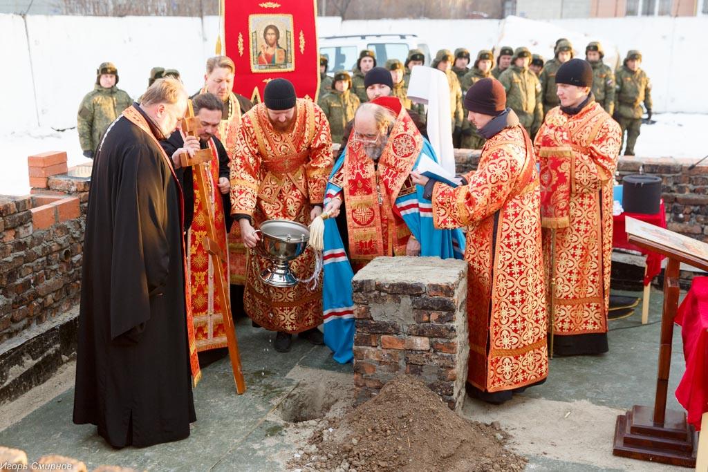 20171110 214 Закладка камня церкви в честь Бориса и Глеба Омск митр. Владимир (Иким) IMG_8488