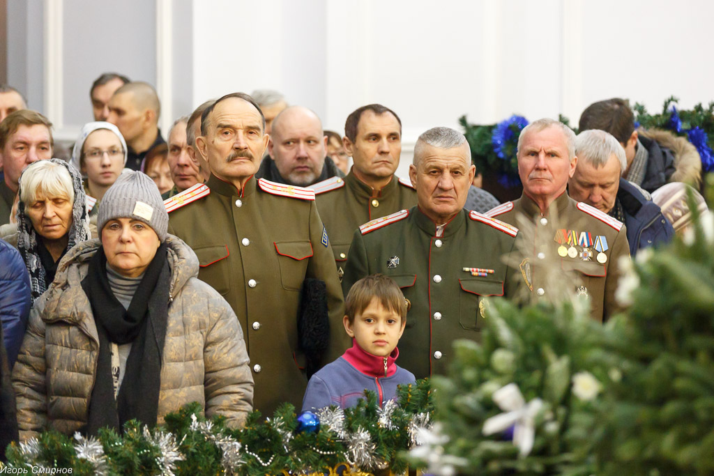 180106 007 Навечерие Рождества Христова Омск митр. Владимир (Иким) IMG_4308