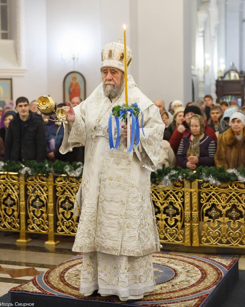 180106 009 Навечерие Рождества Христова Омск митр. Владимир (Иким) IMG_4320