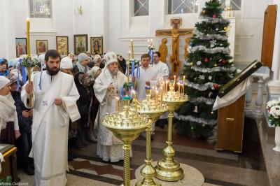 180106 011 Навечерие Рождества Христова Омск митр. Владимир (Иким) IMG_4336