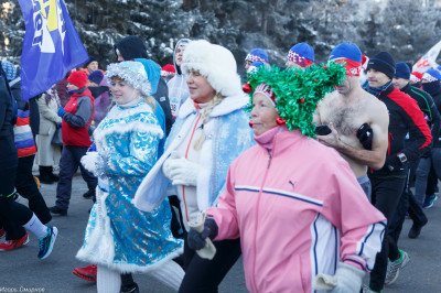 180107 032 Рождественский марафон Соборная площадь Омск митр. Владимир (Иким) IMG_5087