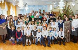 Митрополит Владимир посетил Славянскую школу в честь свв. Кирилла и Мефодия