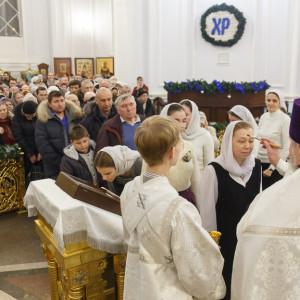 180118 023 Крещение Господа Собор Успения Омск митр. Владимир (Иким) IMG_9025