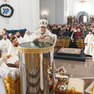 180119 035 Крещение Господа Собор Успения Омск митр. Владимир (Иким) IMG_9238