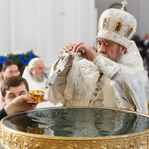 180119 036 Крещение Господа Собор Успения Омск митр. Владимир (Иким) IMG_9240