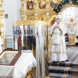180119 048 Крещение Господа Собор Успения Омск митр. Владимир (Иким) IMG_9304