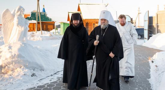 180121 001 Литургия Никольский мужской монастырь Омск Владимир (Иким) IMG_09856